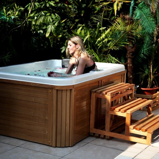 fabuleux faire son jacuzzi je88 montrealeast. Black Bedroom Furniture Sets. Home Design Ideas
